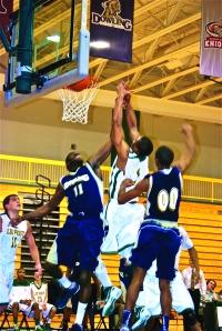 Men's Basketball Splits the Week