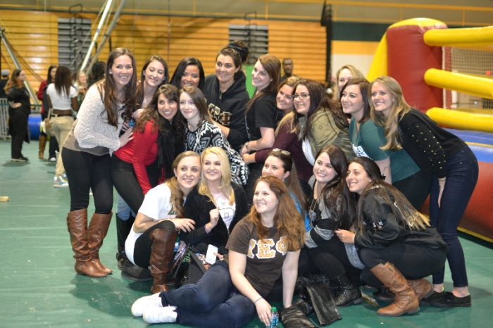 Sisters of Alpha Epsilon Phi pose at a previous Pratt After Dark event. Photo: Tia Mona Greene